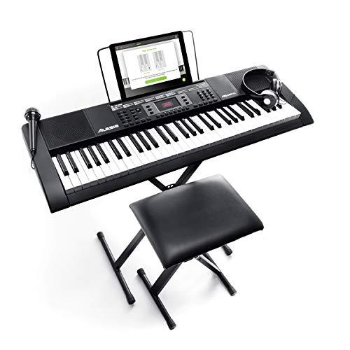Alesis Melody 61 2te Generation - E Piano mit 61 Tasten und eingebauten Lautsprechern, Kopfhörern, Mikrofon, Klavierständer, Notenständer und Hocker